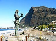 198px-La_Gomera_Valle_Gran_Rey_Statue
